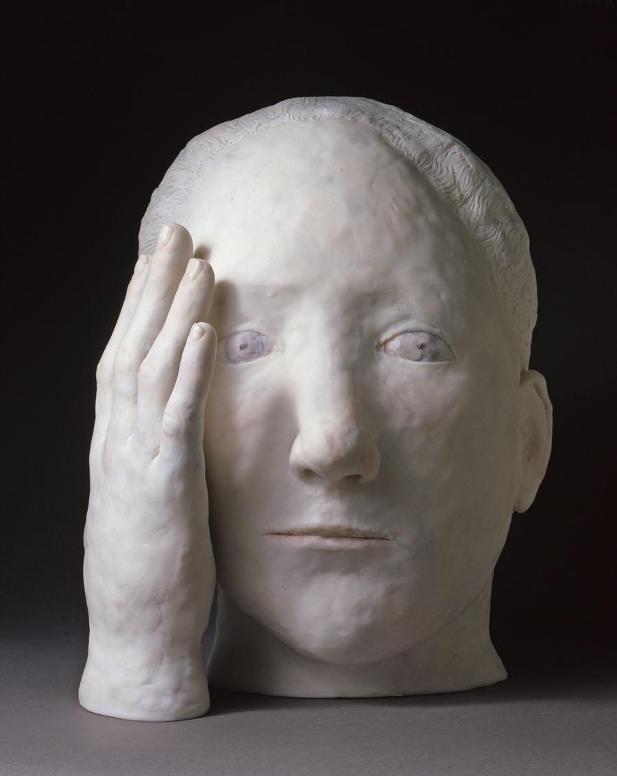 Grosse tête de curieux, résine pièce unique, (H.40  x 28 cm)