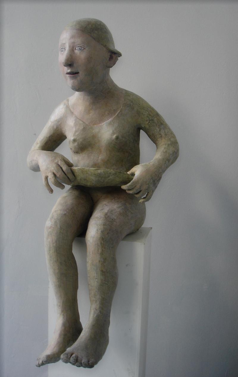 Jeune fille soulevant sa jupe, bronze patiné et peint, édité à 8 ex. (H.65  x 40 cm)