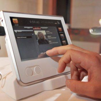 Tabbee d'Orange, tablettes tactiles permettant @d'accéder à distance à tous les contenus@ de son ordinateur.