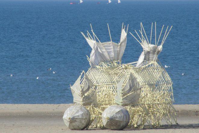«Animaris Gubernare» (Stille Strand), Theo Jansen, 2011<br><br>