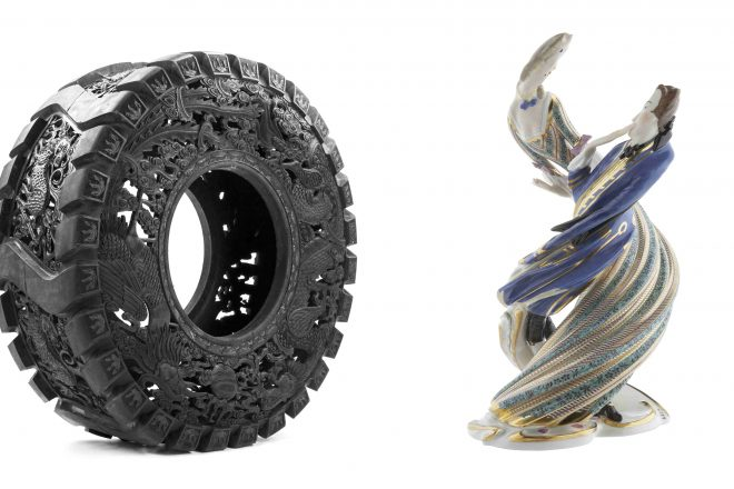 De gauche à droite : «Untitled (Truck Tyre)» (2013) et «Bustelli twisted» (2010), Wim Delvoye