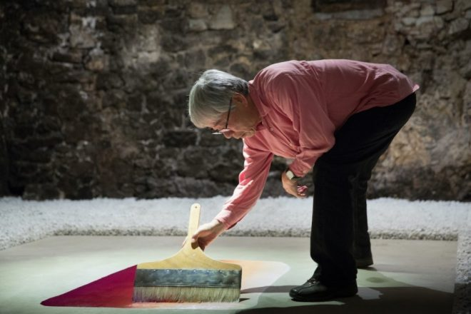 Lee Ufan à l'œuvre au Castello di Ama à l'automne 2016