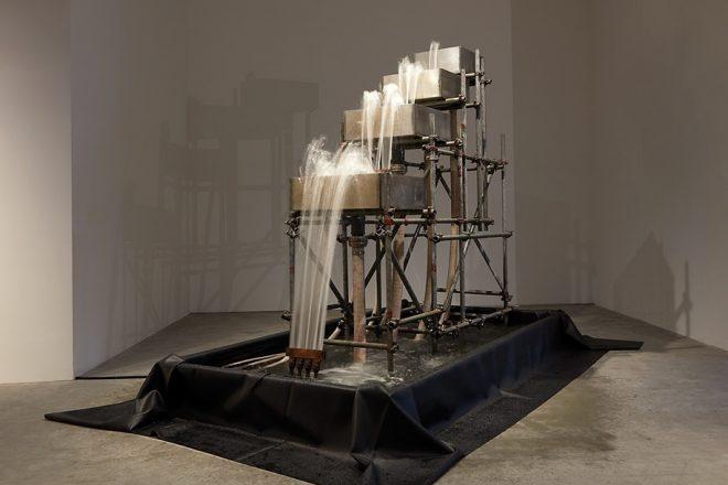 «Reversed waterfall», Olafur Eliasson, 1998