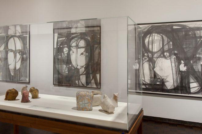 Vue de l'exposition «The Sky Is a Great Space», Marisa Merz, au Met Breuer à New York en 2017