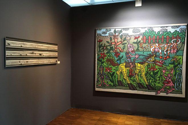 De gauche à droite : « Beyrouth Store » de Justin Weiler (2015) et « La promenade campagnarde » de Robert Combas (1986)