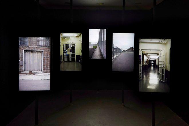 «Vanishing Point», Edmund Clark, 2017. Exposition «In Place of Hate» à l'Ikon Gallery de Birmingham