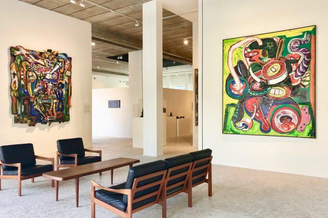 De gauche à droite : « R.I.P. » (1982) et « Krijger » (1967), Fred Bervoets