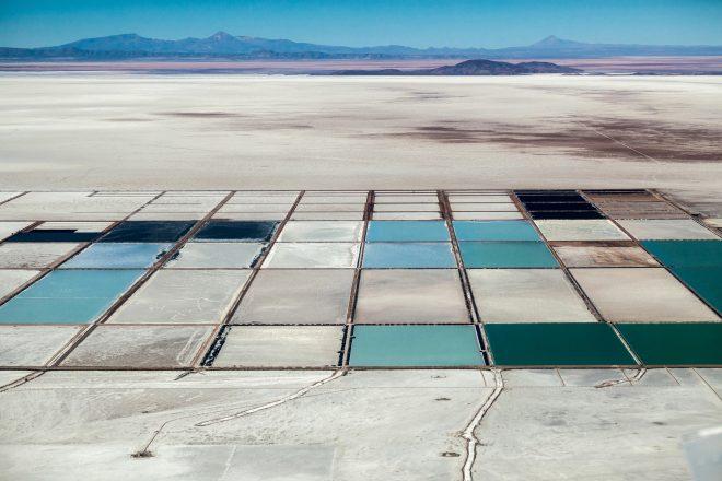 Extrait de la série «La route du lithium» (ici à Salar de Uyuni, en Bolivie), Matjaz Krivic, 2016
