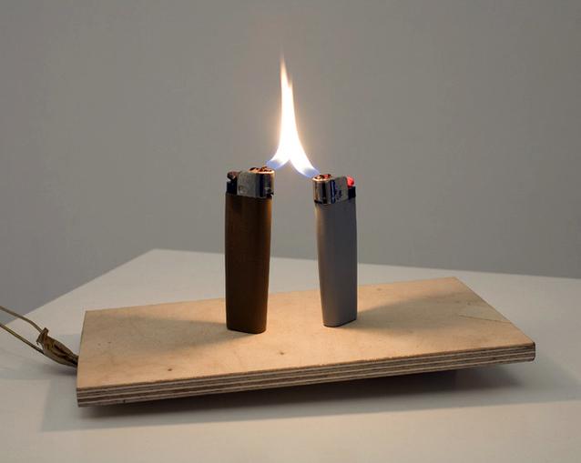 Untitled (briquets)