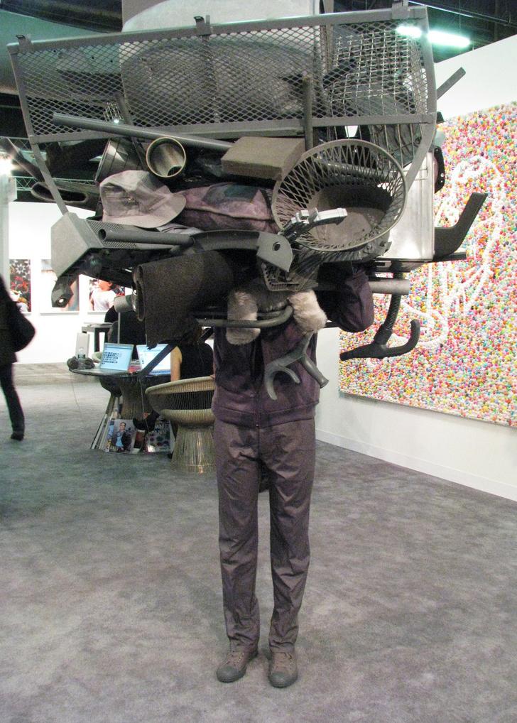 Grey Matters de Daniel Firman@ était présenté par la galerie@ Emmanuel Perrotin