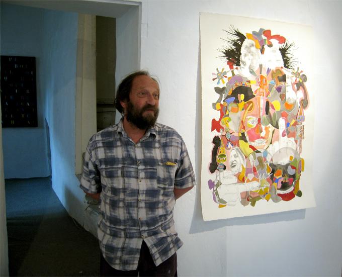 Michel Barjol dans une@ des salles d'exposition