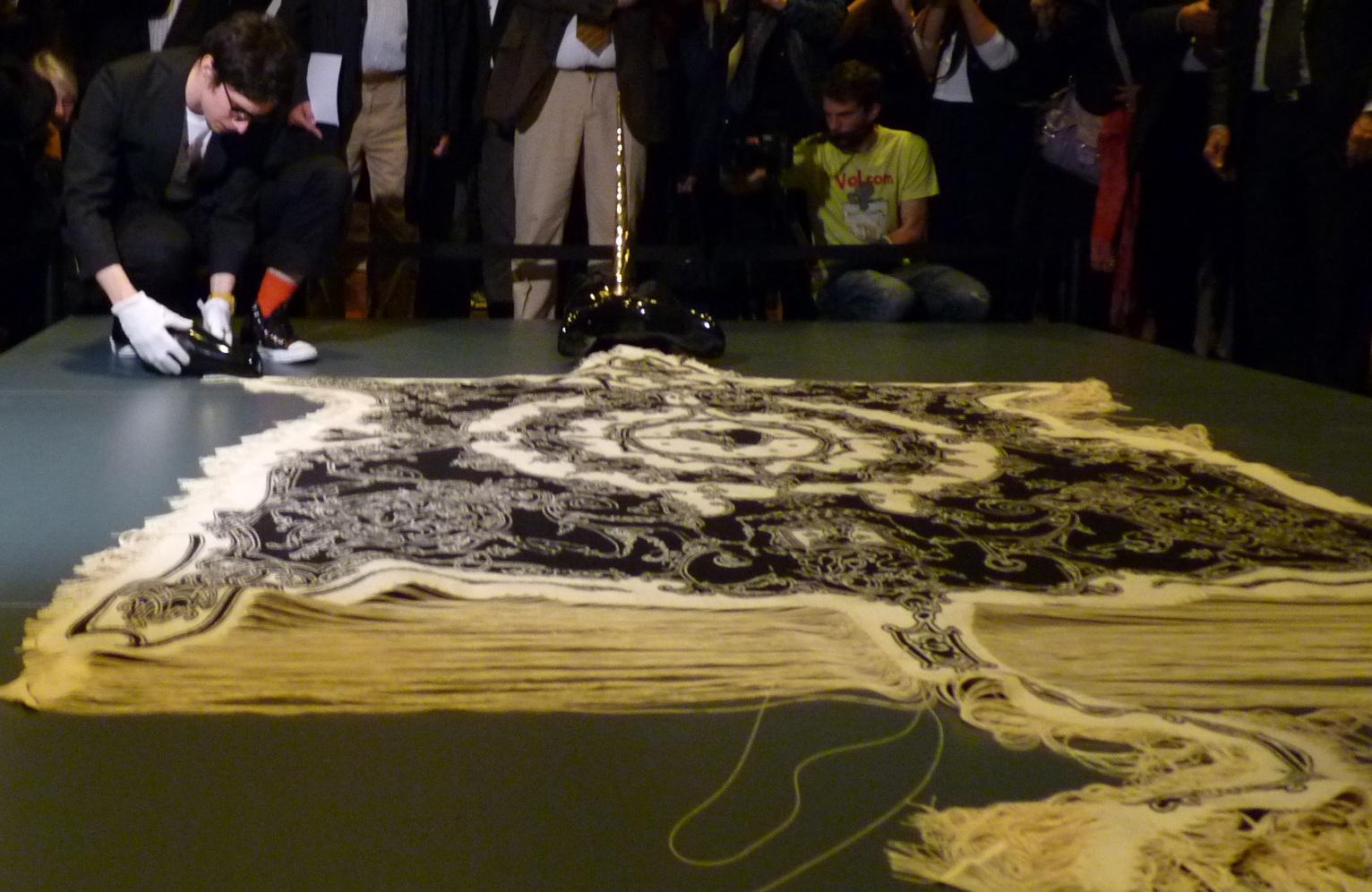 Peau de licorne, lors de l'installation de l'œuvre au@Musée de la tapisserie d'Aubusson