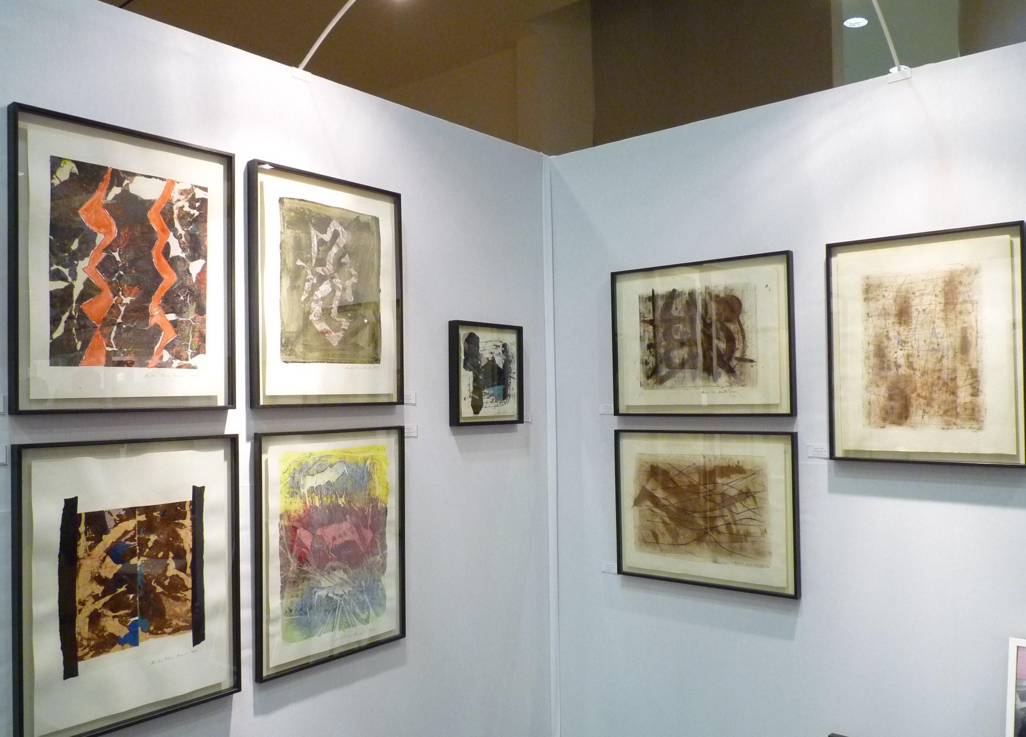 Vue d'exposition sur le stand@de la galerie Intuiti