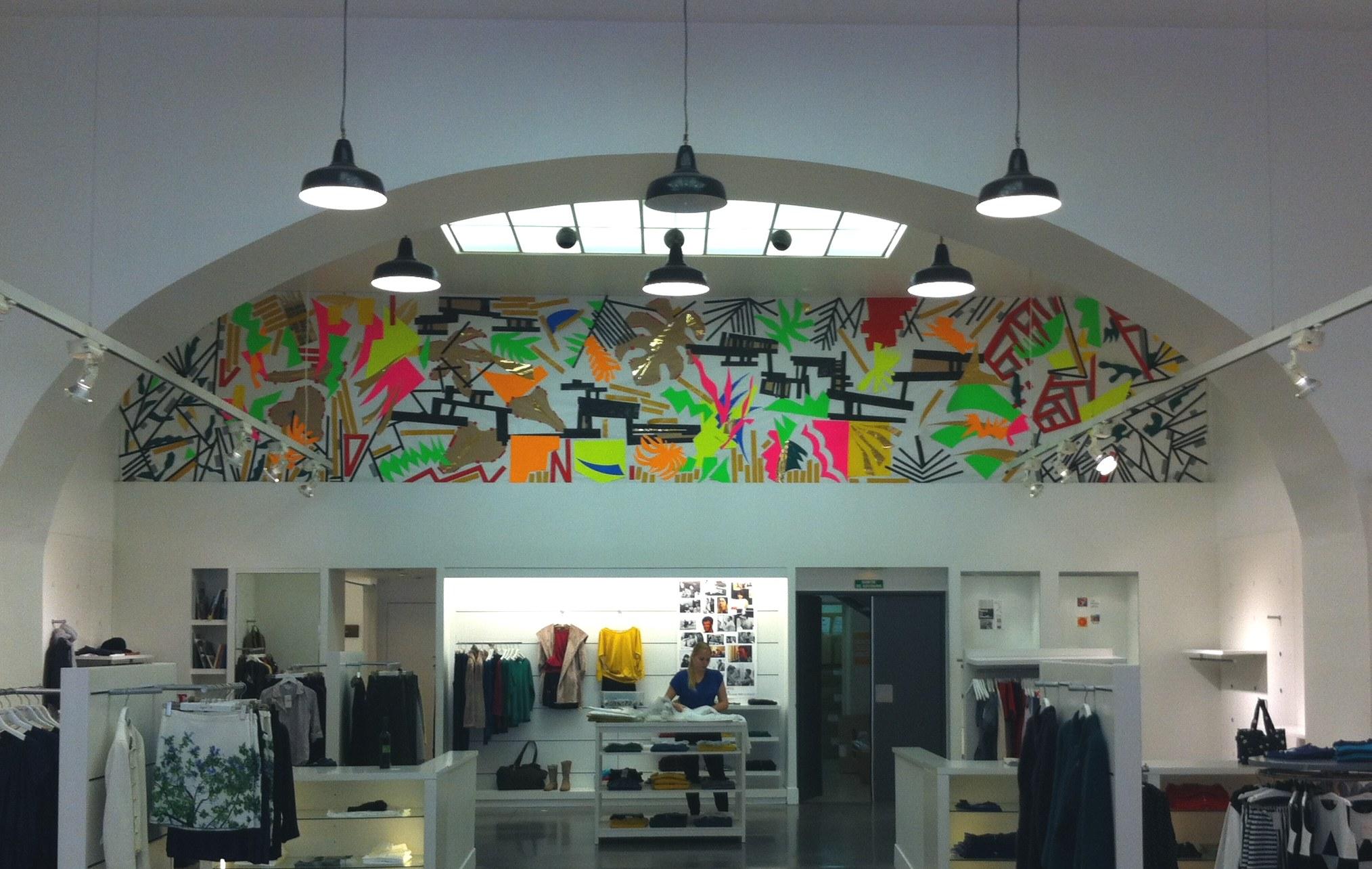 Vue d'exposition, boutique agnès b. (Marseille)