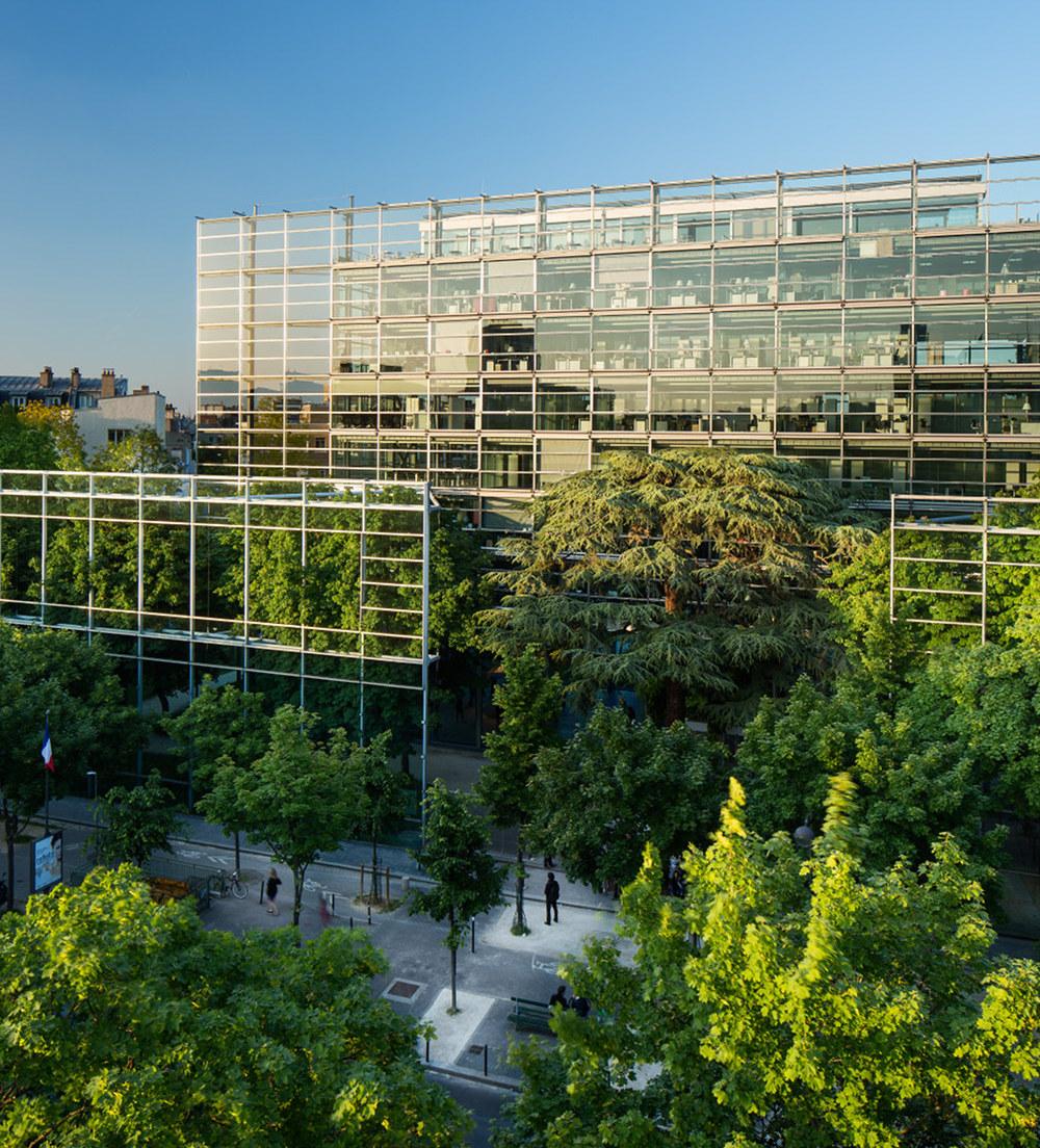 Vue extérieure de la Fondation Cartier@pour l'art contemporain