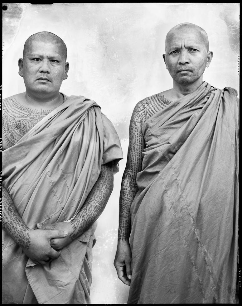 Portrait 3 (Buddhist monk), série Sacred Ink, impression pigmentaire (51 x 76 cm)