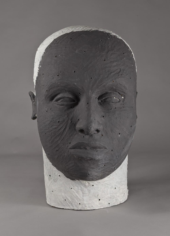 Sculpture signée Daphne Corregan@(galerie Capazza) ||