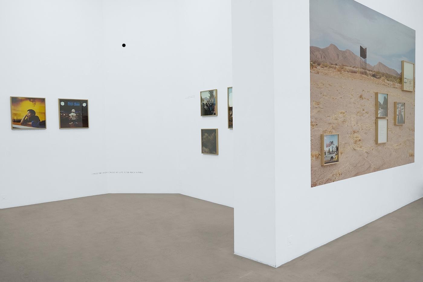 Vue de l'exposition Truth@or Consequences à la NextLevel galerie