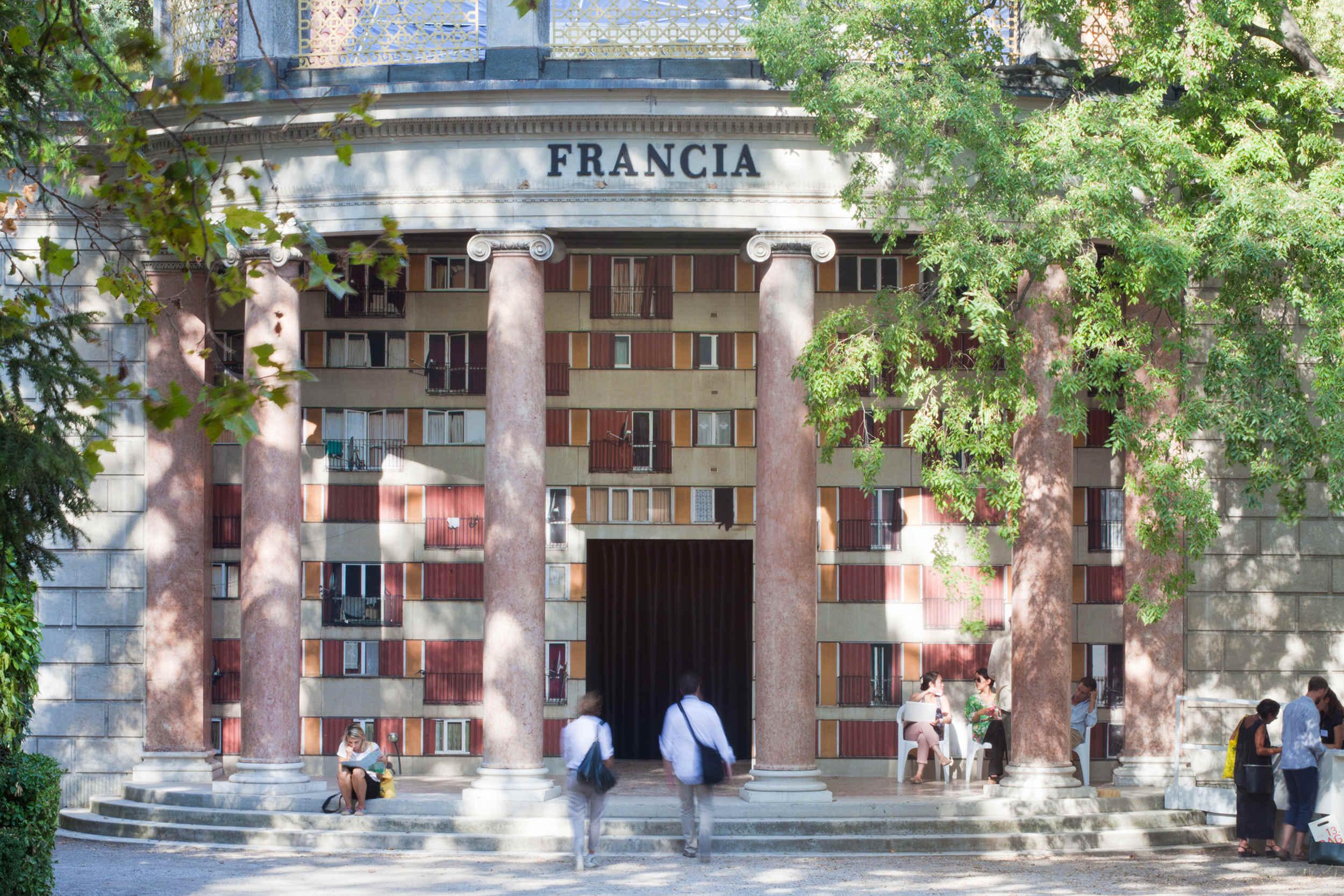Lors de la 13e Biennale@d'architecture de Venise, le Pavillon français a été confié@à l'architecte Yves Lion