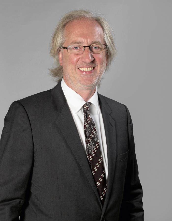 Martin Guesnet  coprésident d'Artcurial