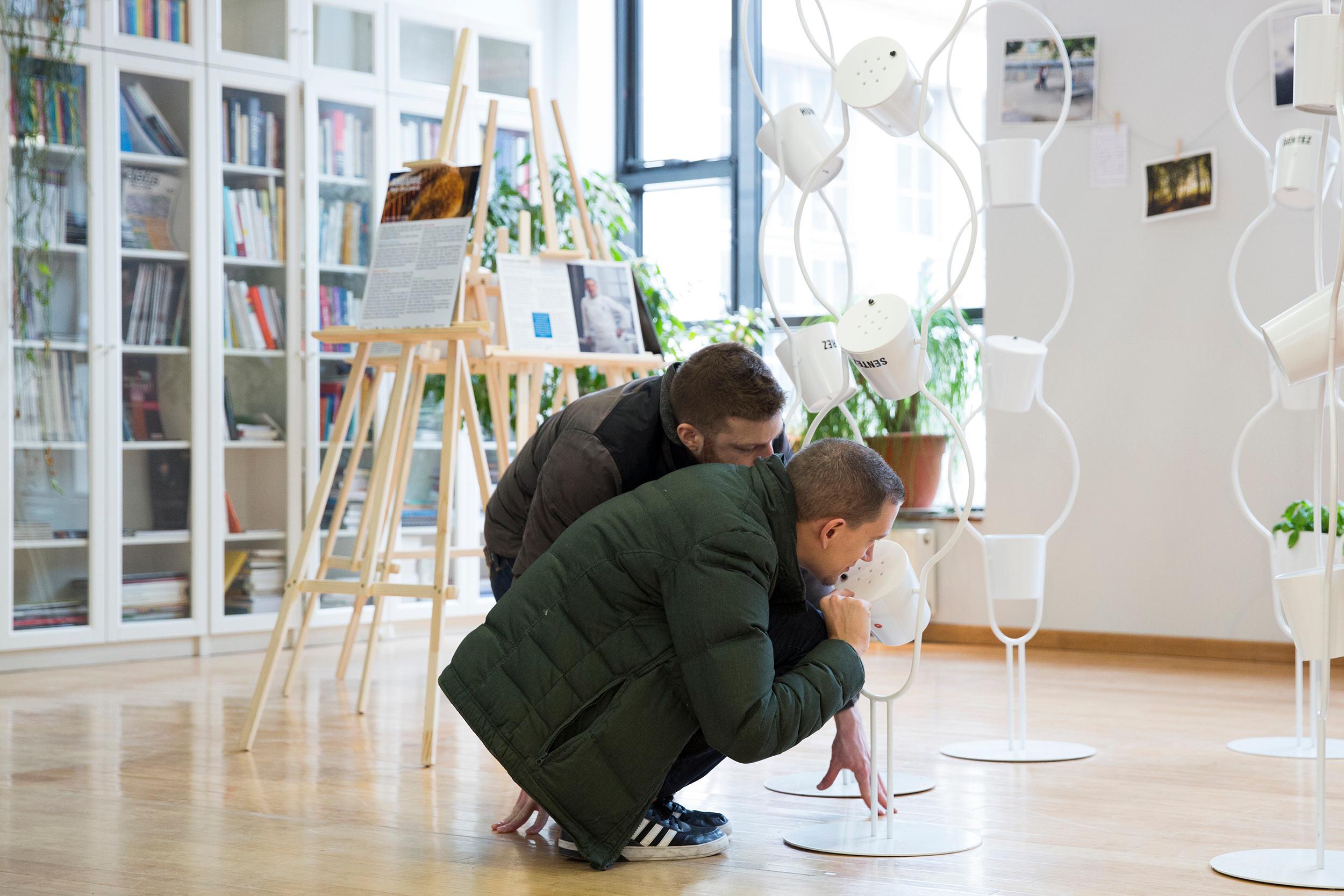 Vue de l'exposition « Anosmie, vivre sans odorat » à l'Espace Pierre-Gilles de Gennes à Paris, Eléonore de Bonneval, 2015
