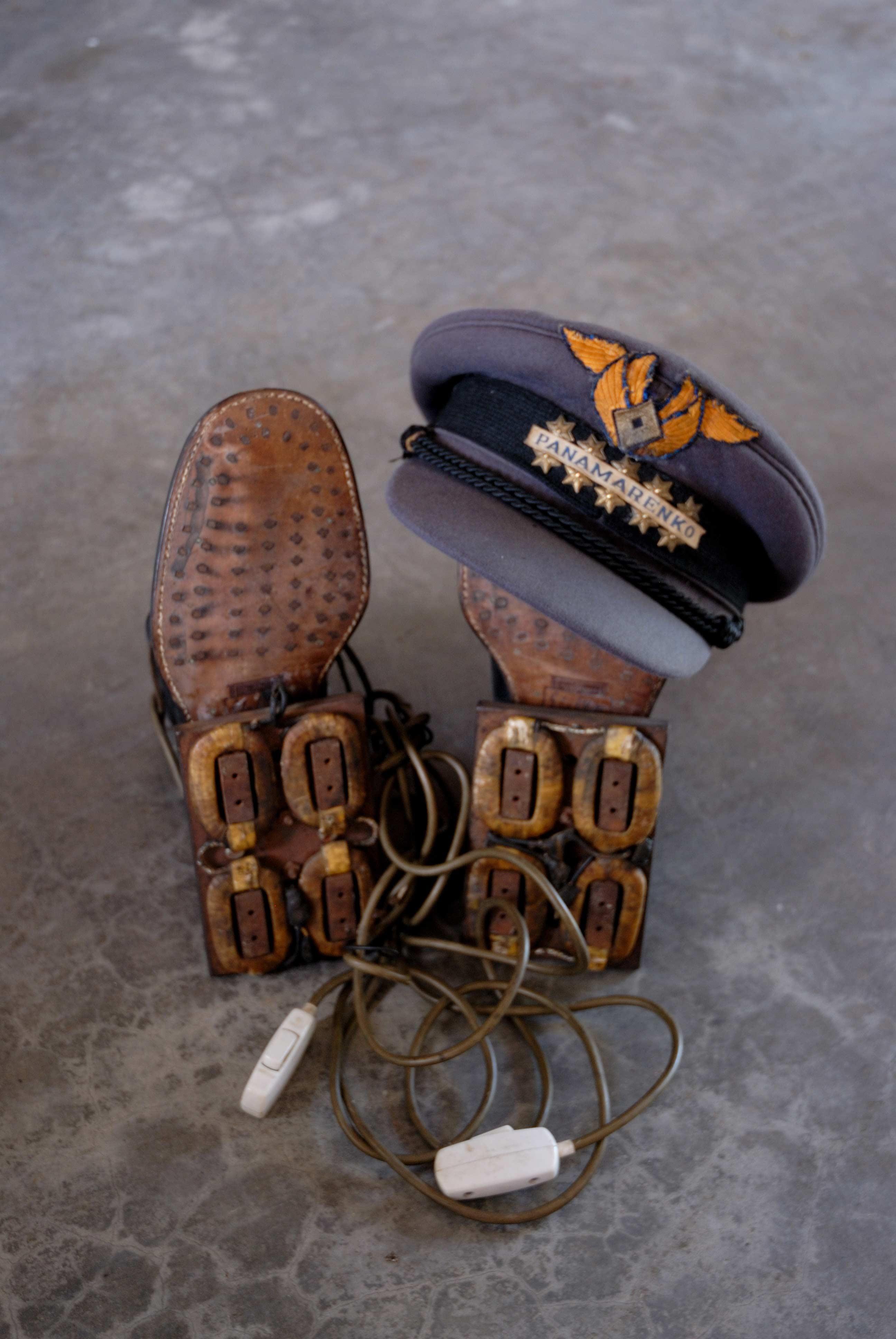 Magnetische Shoenen@ (Chaussures magnétiques)
