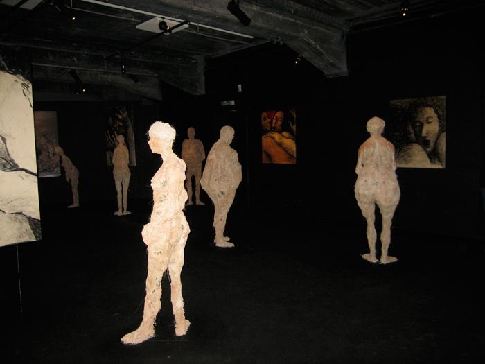 Sculpture de Robert Keramsi, peintures d'Alain Bergeon
