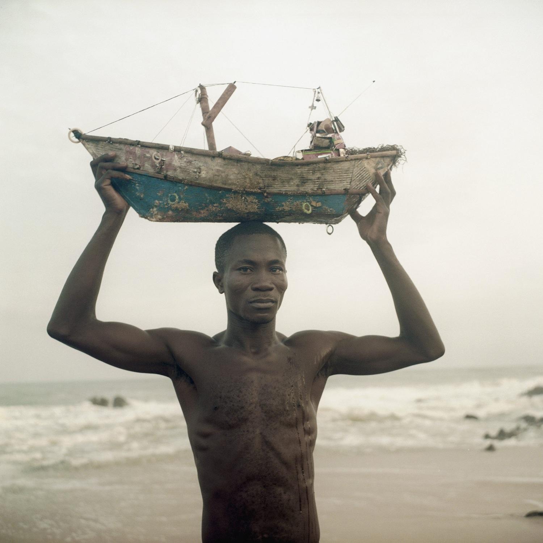 L'homme au bateau, Ghana
