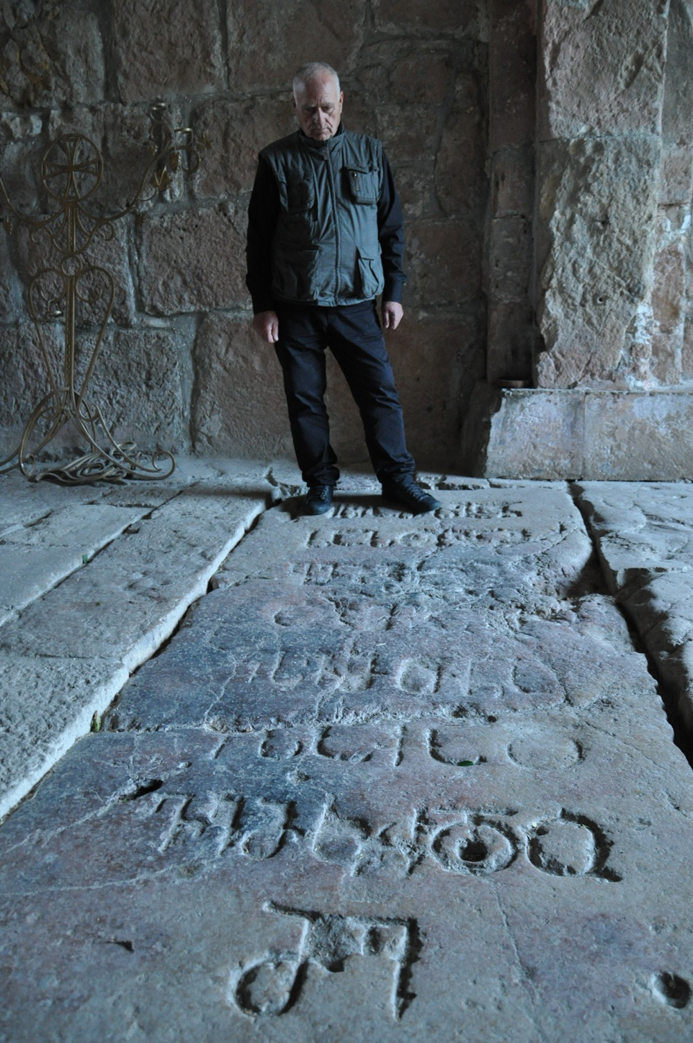 Djoti à Ghélati sur le tombeau@du roi David, bâtisseur de la Géorgie au XIe siècle