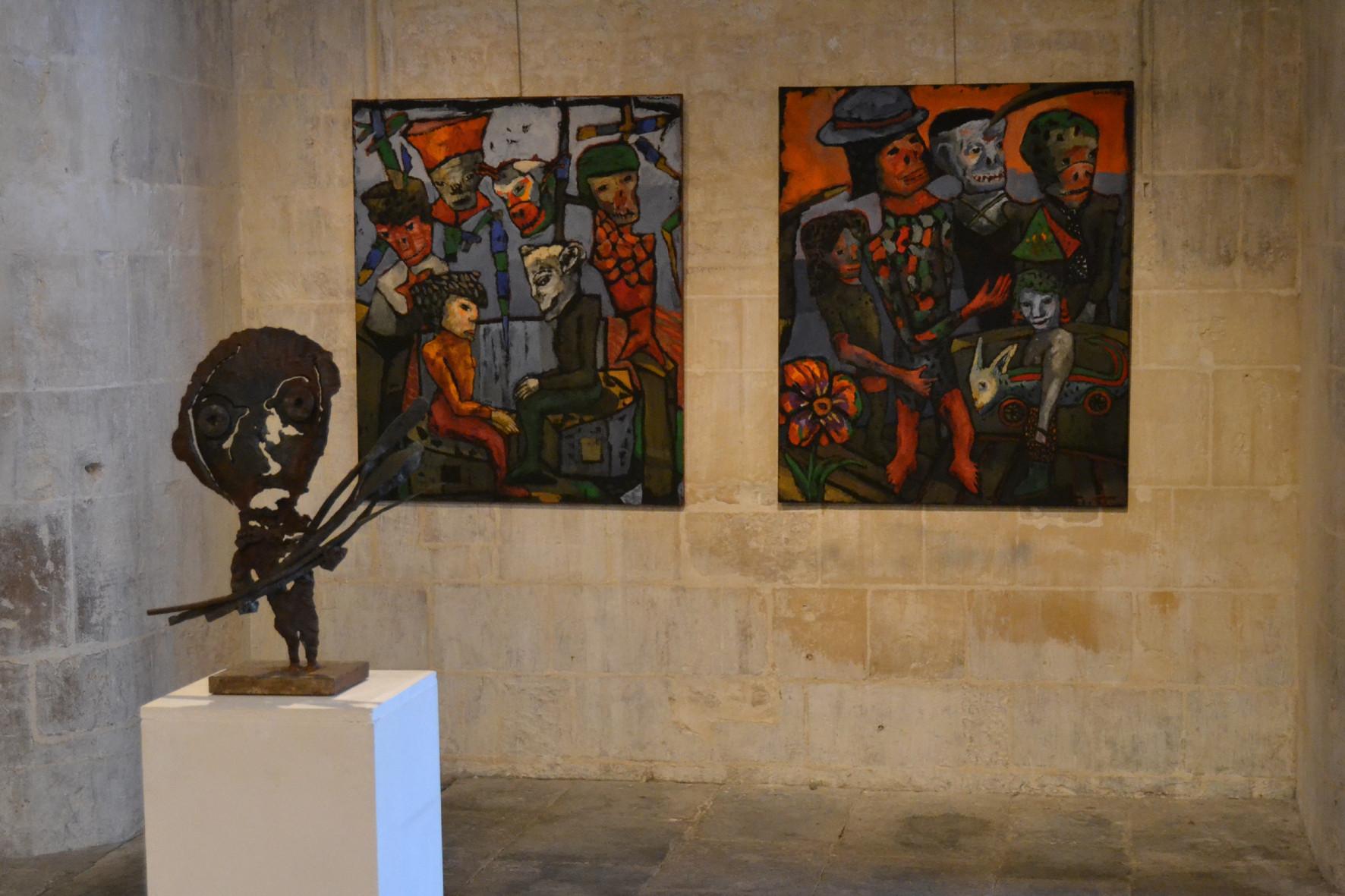 Sculpture signée Jean-Yves Gosti@et toiles de Jean-Paul Souvraz ||