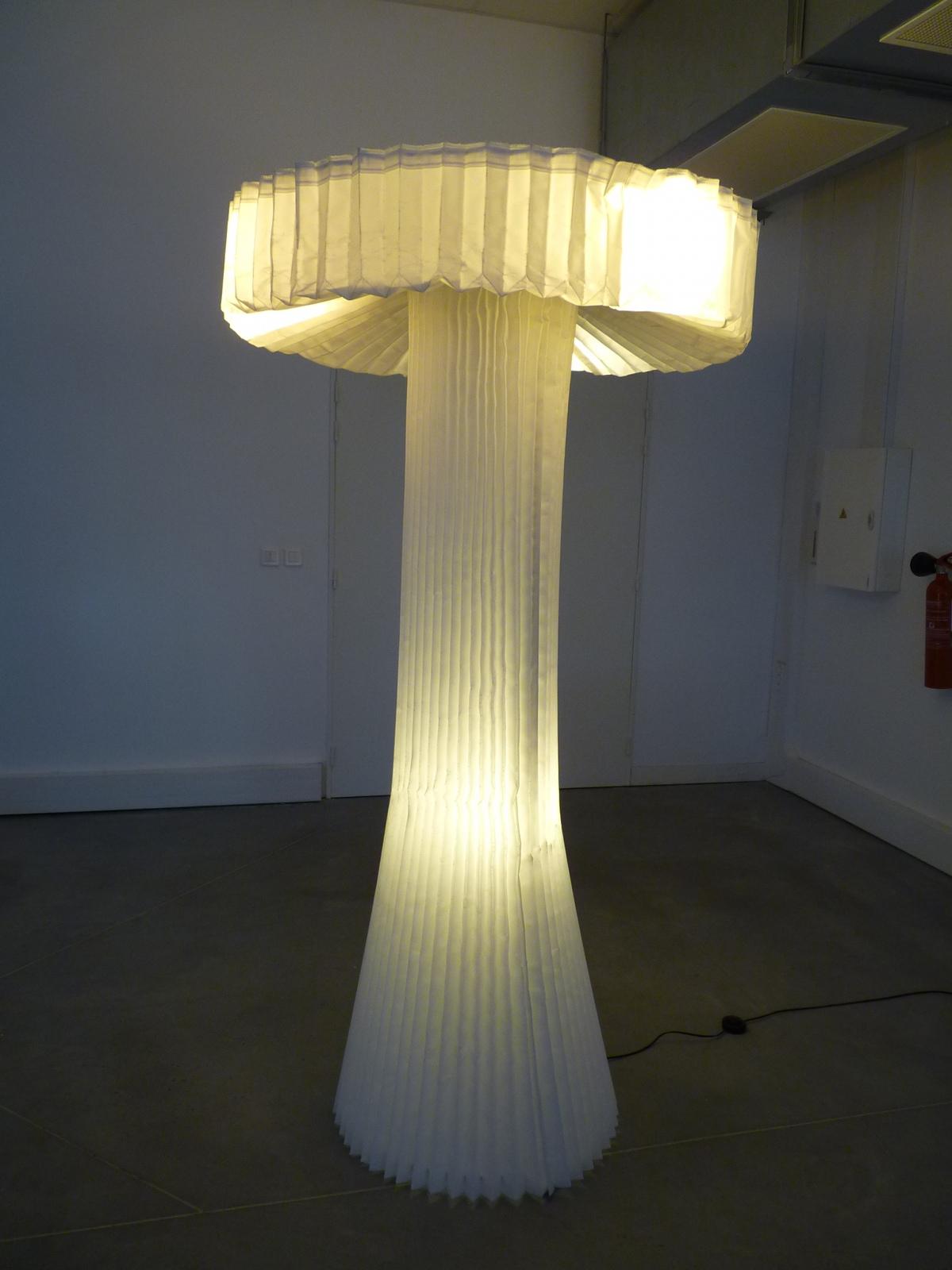 Lampe plissée