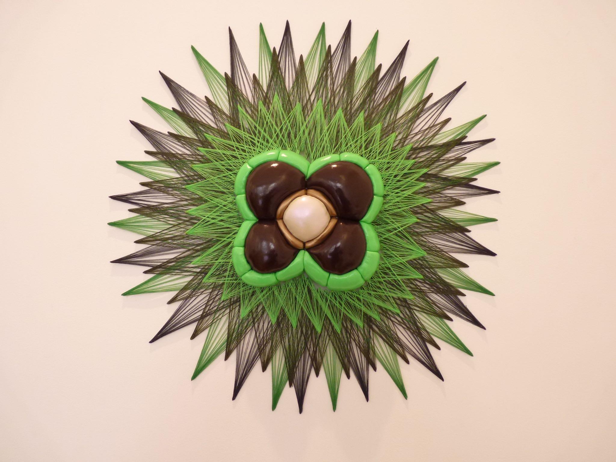 Nucleus II, Exposition Gea, de terre, de fil et de papier