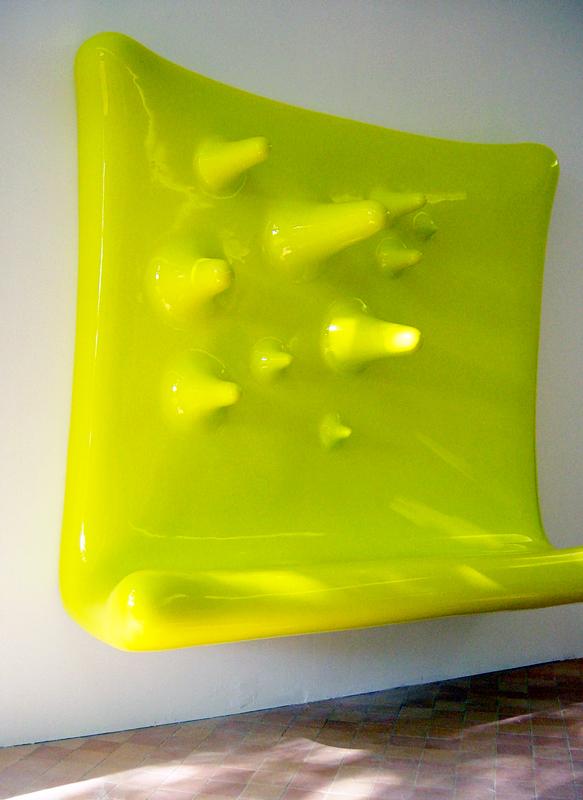 Tableau utilitaire, résine polyester 200 X 170 X 65 cm